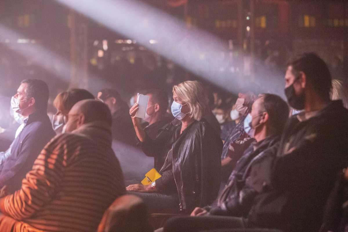 [ Focus ] - Concerts-tests : l'espoir d'une réouverture des salles de spectacle pour l'été 2021 ?