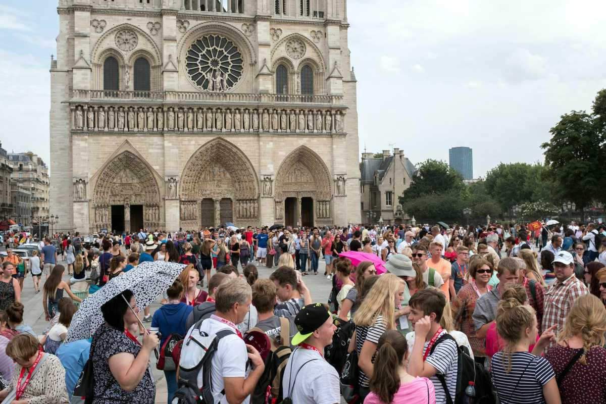 [Focus] Les statues miraculées de Notre-Dame de Paris reviennent dans la Capitale