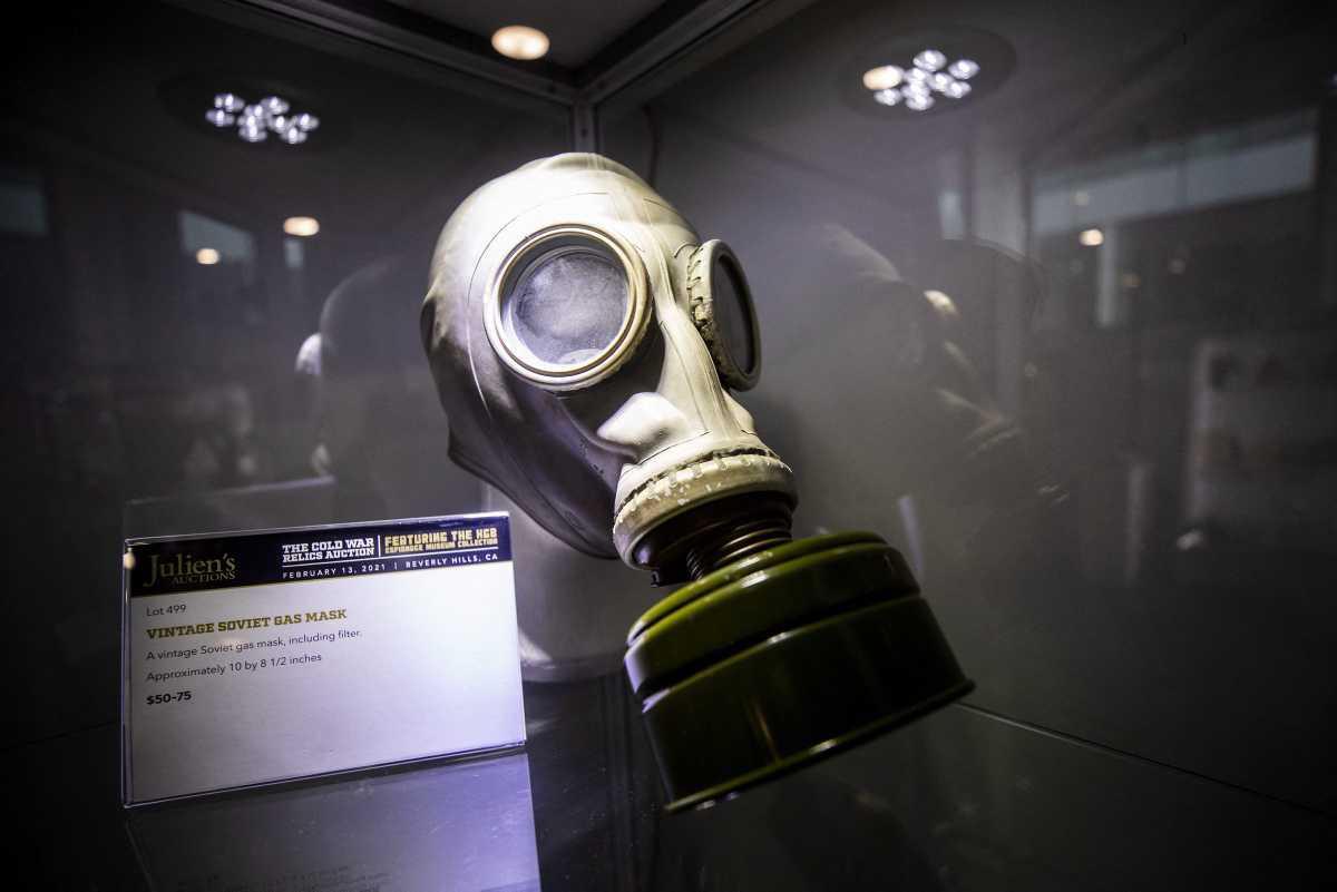 [Focus] - Vente aux enchères d'objets historiques datant de la Guerre Froide