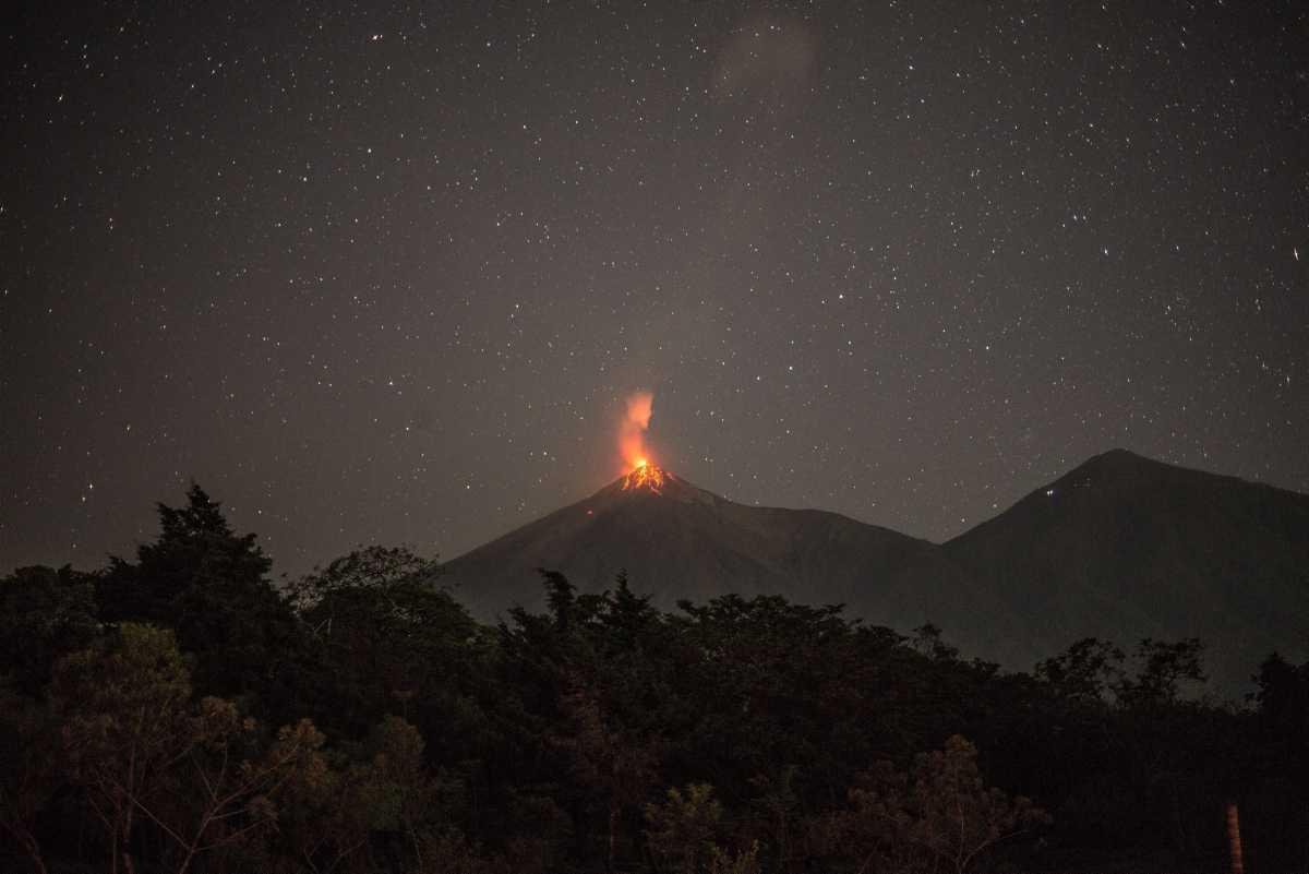 [Focus] - Guatemala : le volcan Fuego est entré en éruption