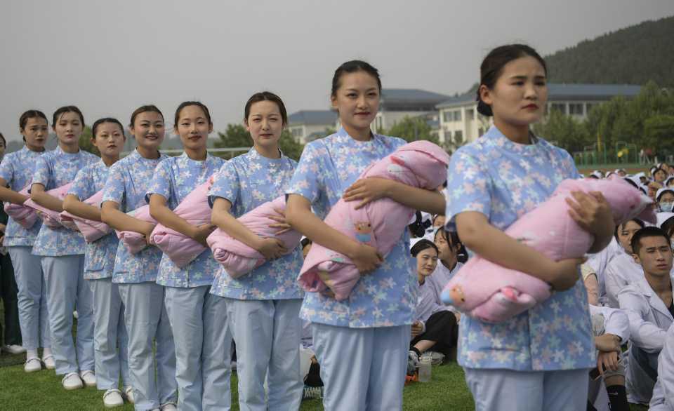 [Focus] - Démographie : la Chine autorise les familles à avoir un 3e enfant
