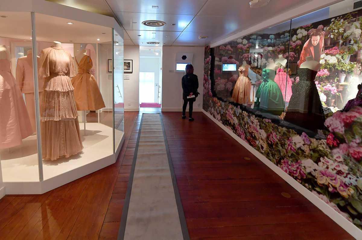 [Focus] - La vie en roses au musée Dior à Granville