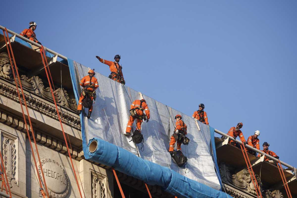 [Focus] - L'Arc de Triomphe empaqueté par Christo sera inauguré le 18 septembre