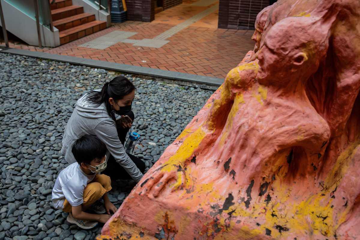 [ Focus ] - Plus que quelques heures pour retirer le «Pilier de la honte» de l'Université de Hong Kong.