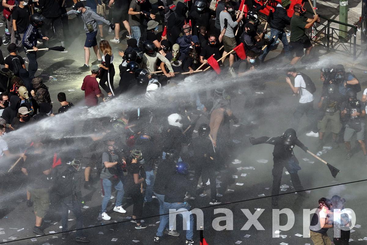 Court finds Golden Dawn leadership guilty of forming criminal organisation