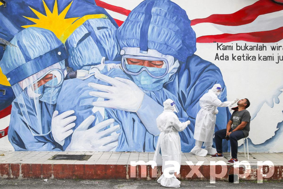 Malaysian government announces new Movement Control Order on six states to curb surge of coronavirus cases