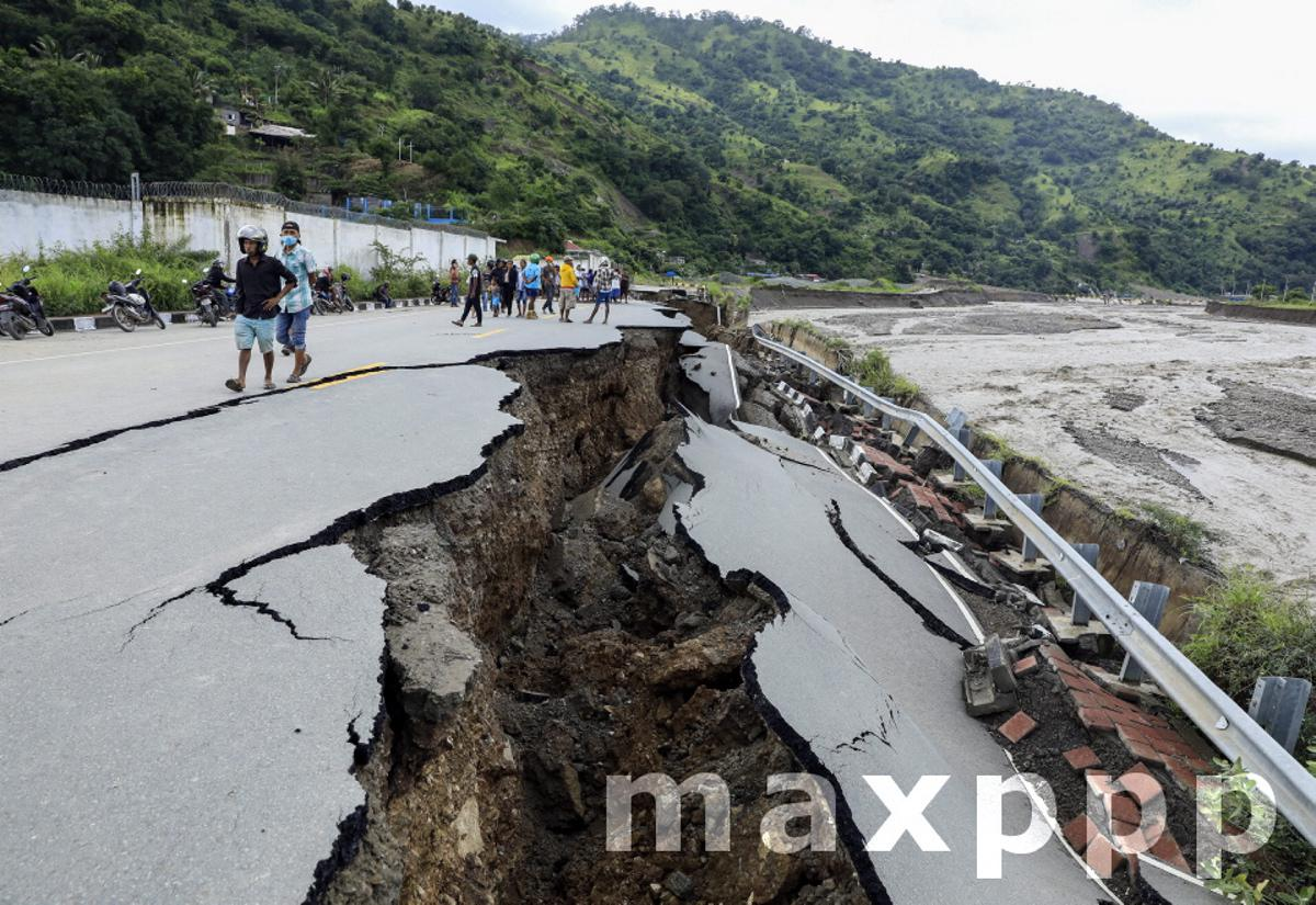 Aftermath of floods in East Timor