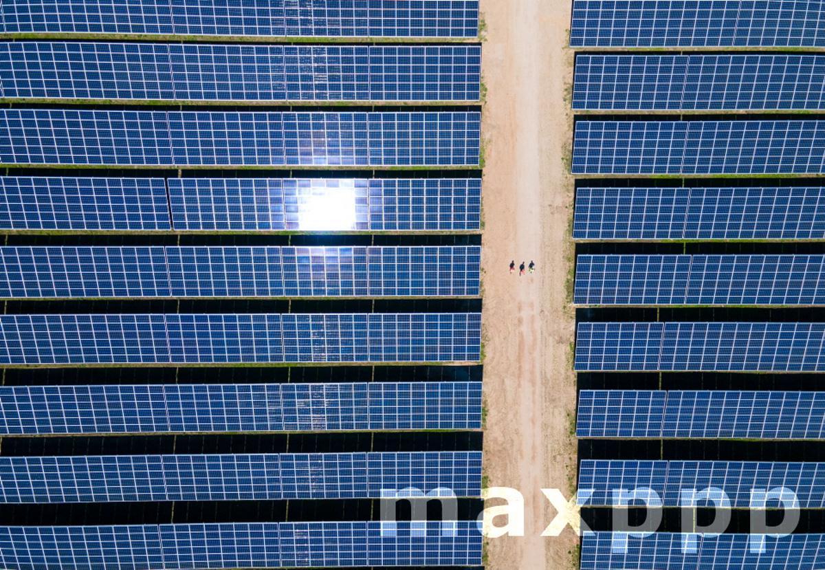 Photovoltaic park supplies electricity for Deutsche Bahn