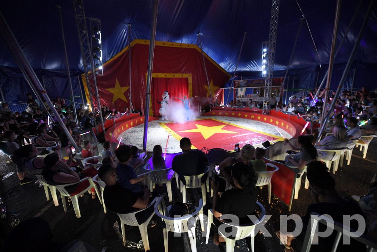 Première Cirque De France
