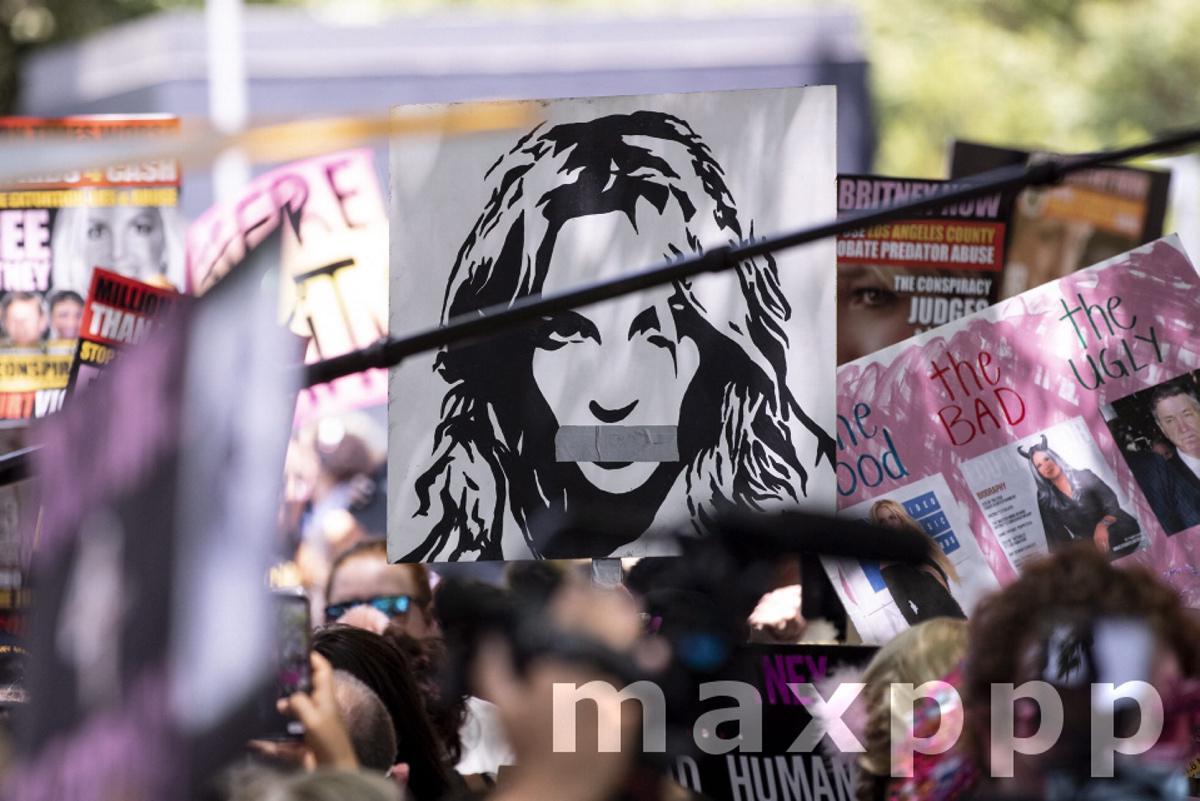 FreeBritney demonstration in Los Angeles