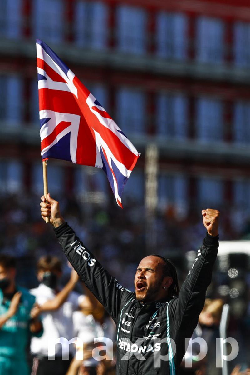 F1 2021: British Grand Prix: Hamilton Wins