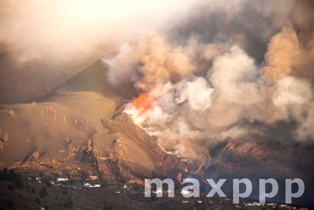 Cumbre Vieja Volcano continues in eruption