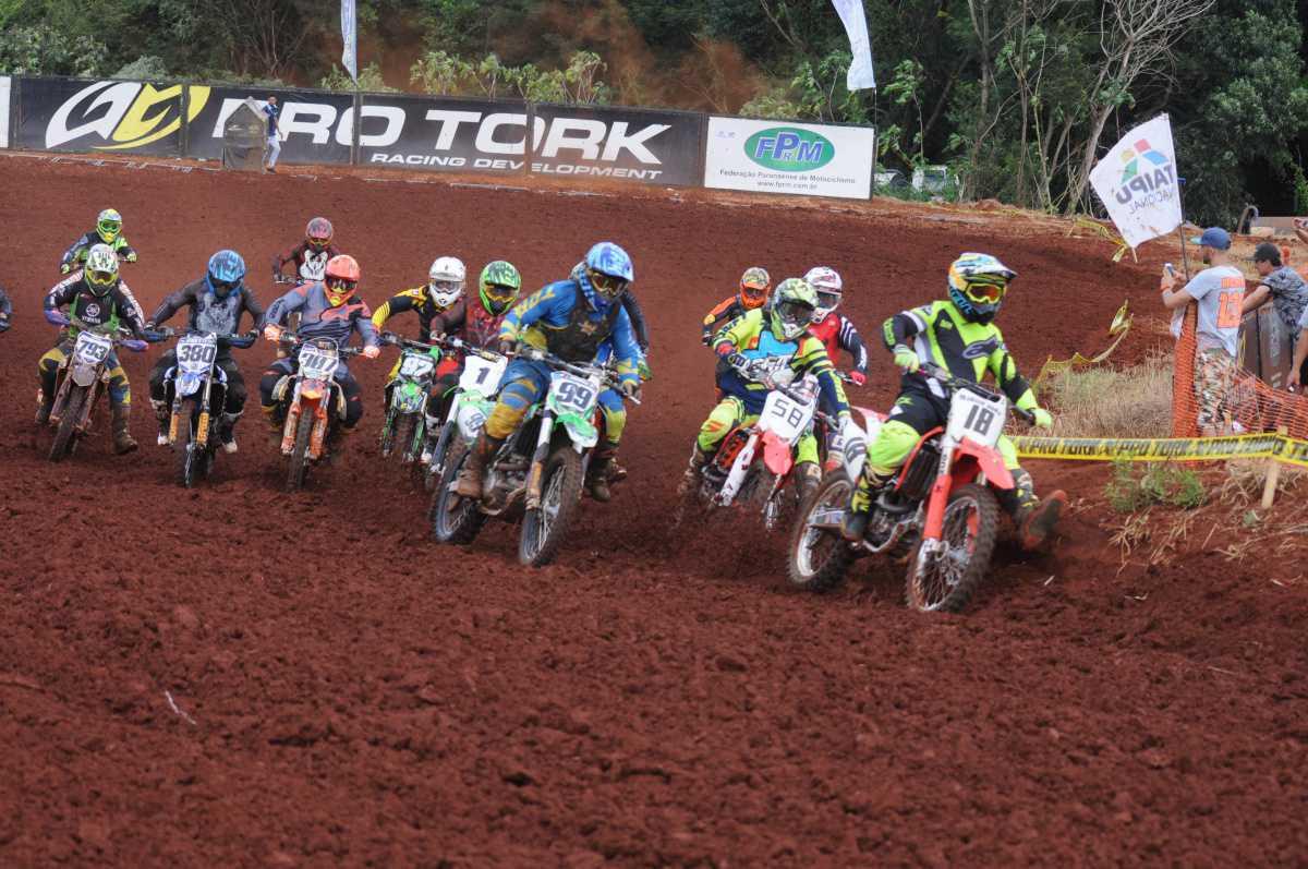 Foi dada a largada do Campeonato Paranaense de Motocross 2018