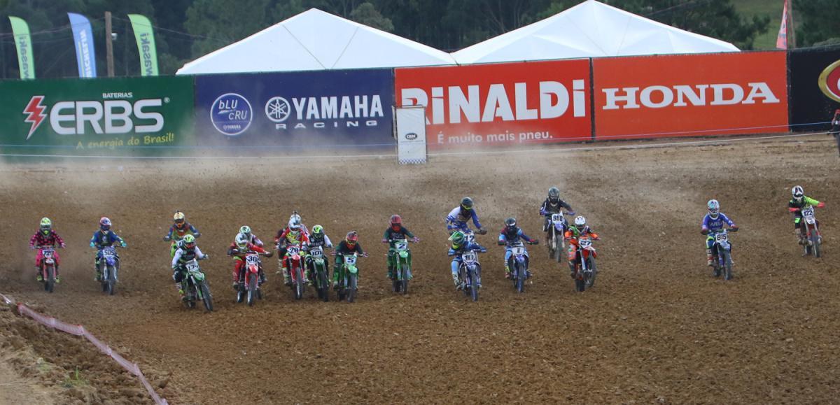 Muita disputa e estreia da Elite MX marcaram a 2ª etapa do BRMX em SC