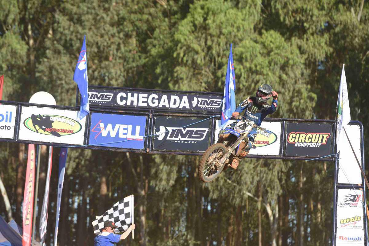 Goiano de Motocross abre temporada 2018 em alto nível