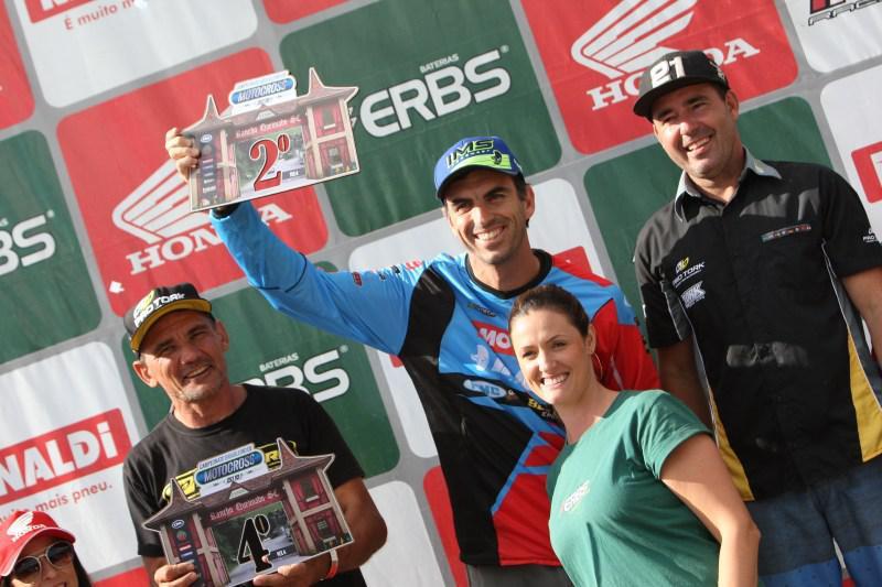 Anos após a aposentadoria Cristiano Lopes volta ao Brasileiro de Motocross no pódio