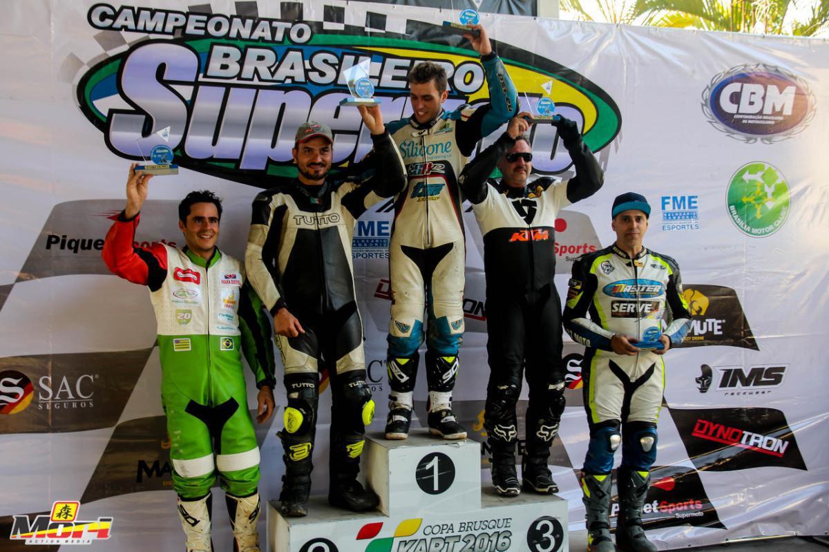 Adrenalina e belas paisagens marcaram a 3ª etapa do Brasileiro de Supermoto