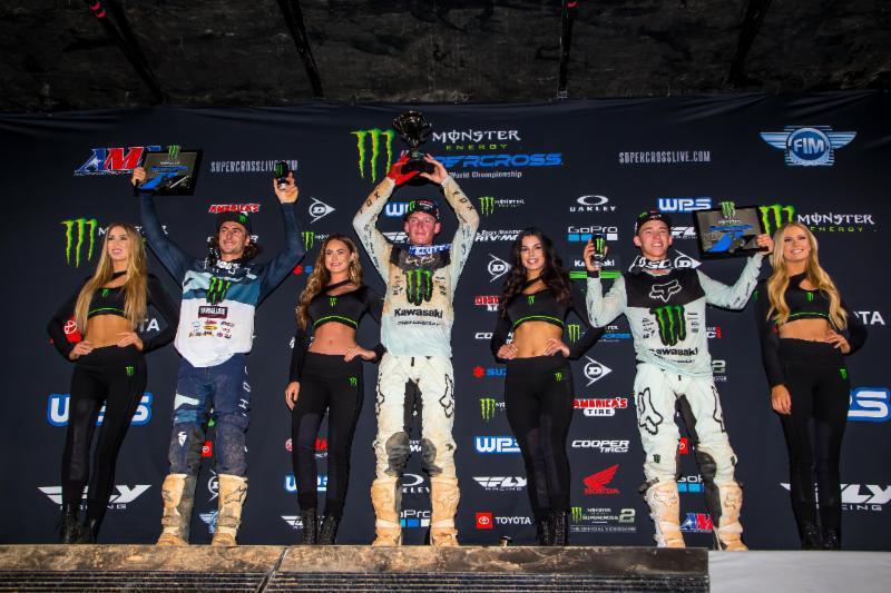 Cooper Webb conquista a quinta vitória na categoria 450SX e amplia pontos.