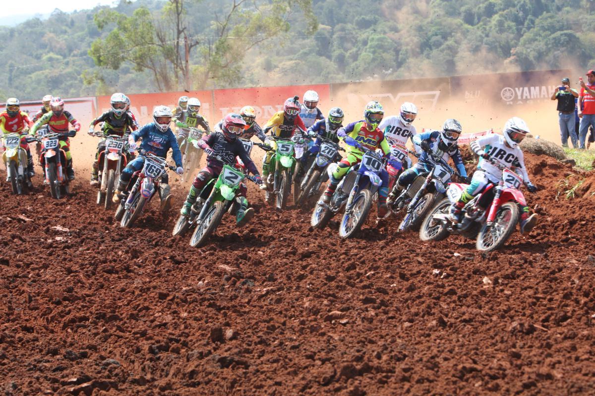 Campeonato Brasileiro de Motocross desembarca em outubro no Aeroporto de BH para a grande final