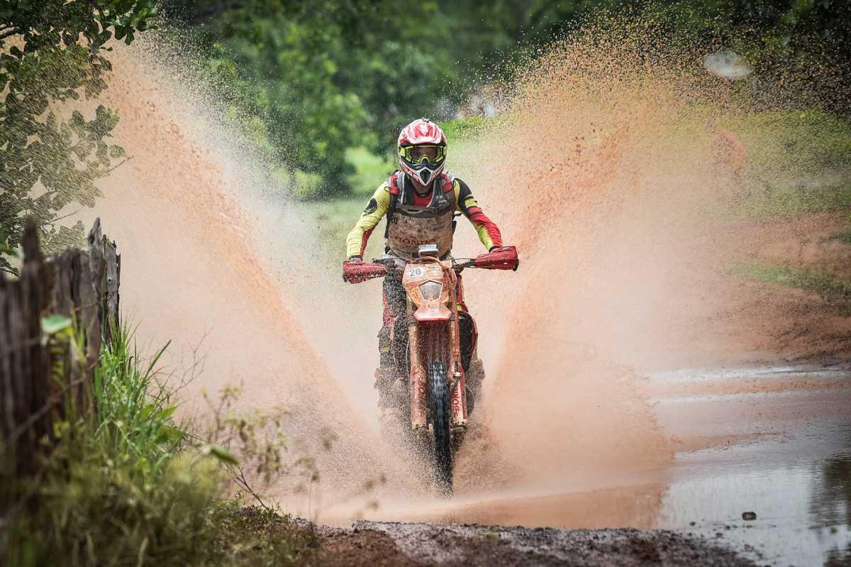 Rally Cerapió define campeões das motos na 33ª edição da competição
