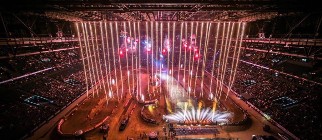 O Supercross de Paris retorna nos dias 14 e 15 de novembro de 2020 na Arena La Défense de Paris.