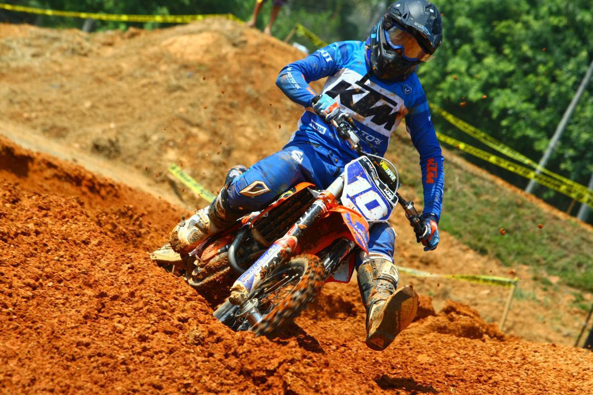 Disputas entre jovens pilotos dão o tom no Campeonato Brasileiro de Motocross