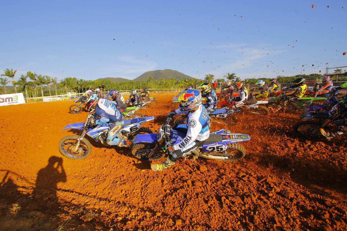 Agenda da 2ª etapa do Brasileiro de Motocross tem três classes correndo na sexta