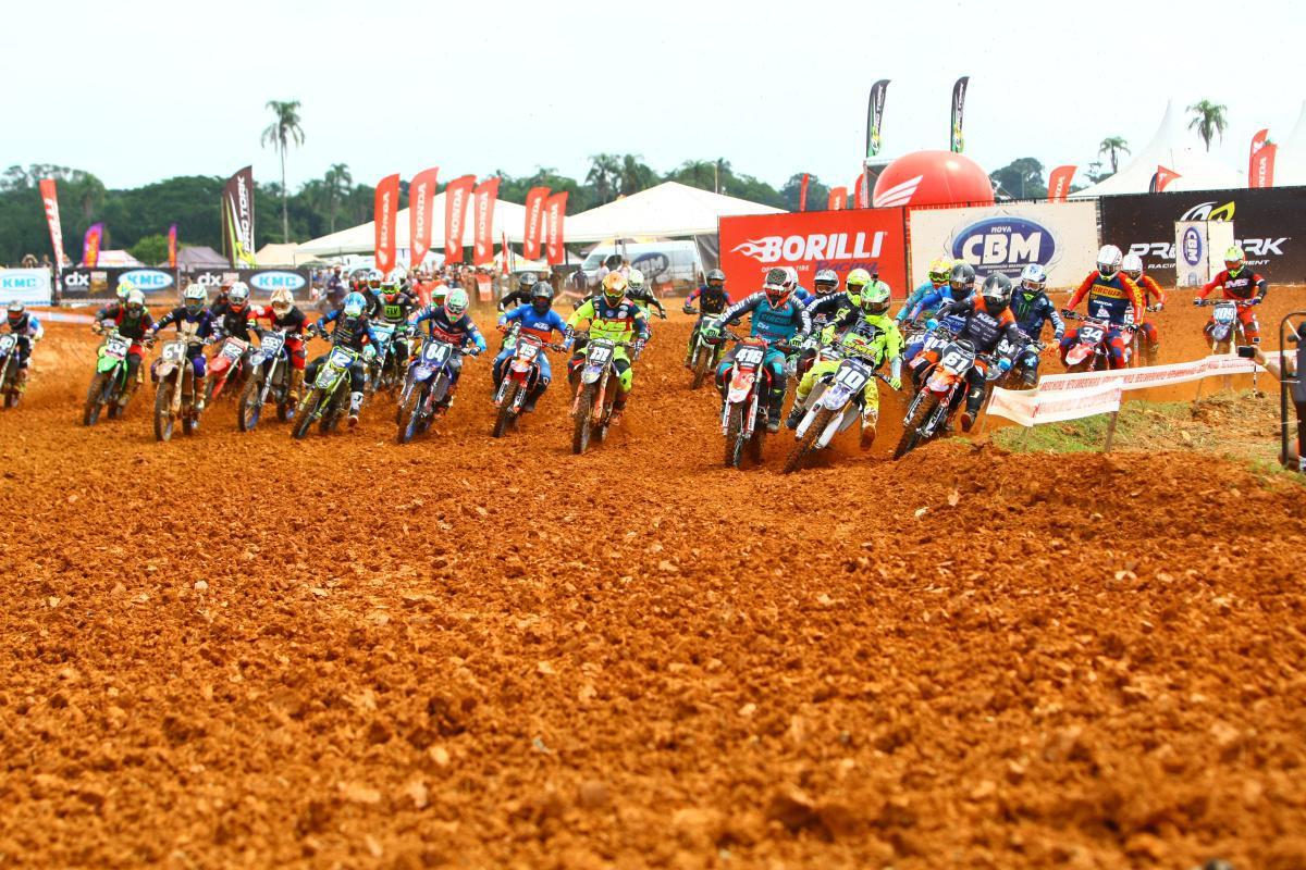GP Pro Tork volta a reunir pilotos para Brasileiro de Motocross, em Penha (SC)