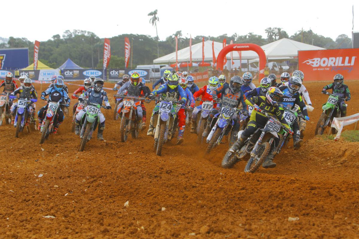 Favoritos da MX4 e MX5 têm dia difícil no Brasileiro e destaque fica com 50cc