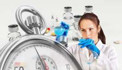 Vaccin contre la Covid-19 : face à l'offensive des antivax, le gouvernement mis au défi de la transparence