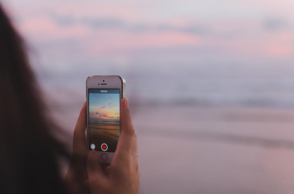 Créer Une Application Mobile : Une Nécessité ou Une Option?