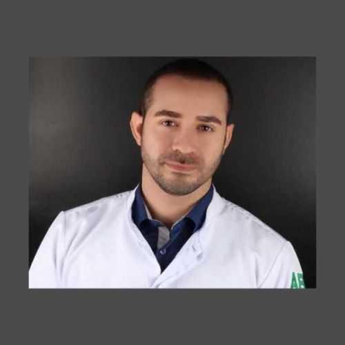 Dr. Rafael César de Oliveira (CRO/AL - 3690)