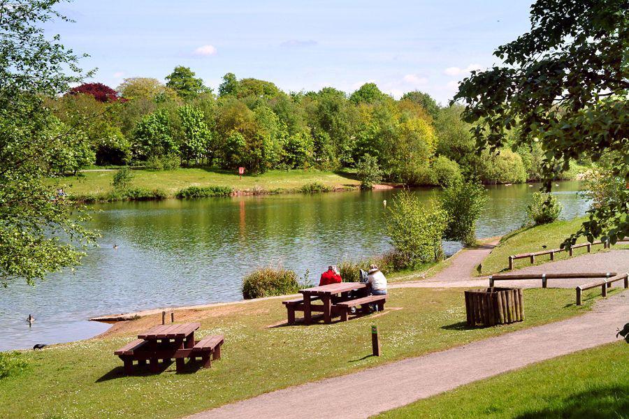 منتزه شورلتون بارك Chorlton Water Park
