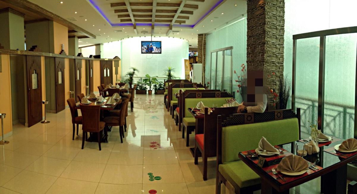 مطعم ملاس بوخماس