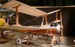 Kettering bug, le précurseur de l'avion sans pilote développé en 1918!