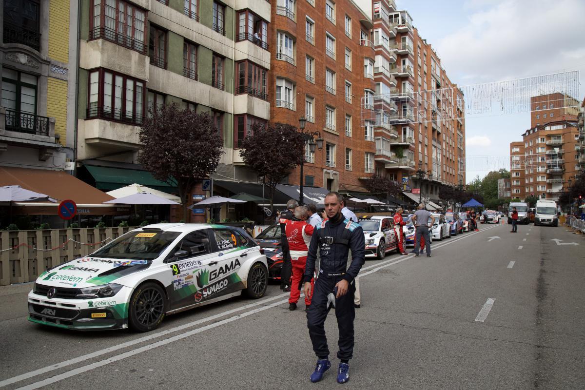 TC3 | Espectacular tramo urbano en Oviedo