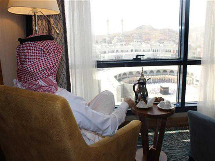 """في مكة، فنادق فخمة تجذب الأثرياء مع غرف وأجنحة """"مطلة"""" على الكعبة"""