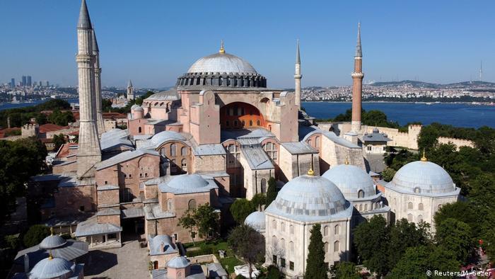 إردوغان يعلن 24 يوليو موعدا لأول صلاة جمعة في آيا صوفيا