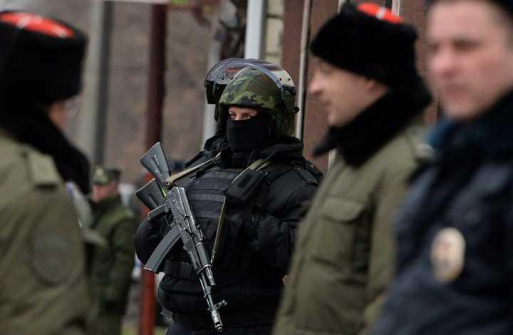 الشرطة الروسية تدهم في يوم واحد أكثر من مئة منزل لأتباع شهود يهوه