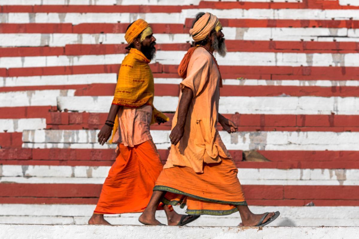 مودي يعزز صعود الهندوسية القومية في الهند بوضع حجر الأساس لمعبد مثير للجدل