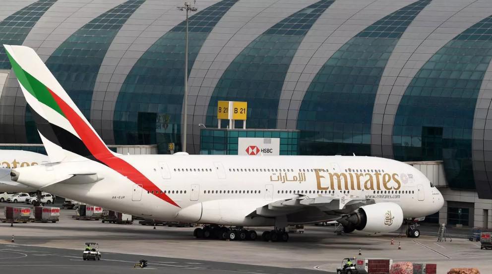 """مجموعة """"طيران الإمارات"""" تنوي انتاج وجبات كوشر"""