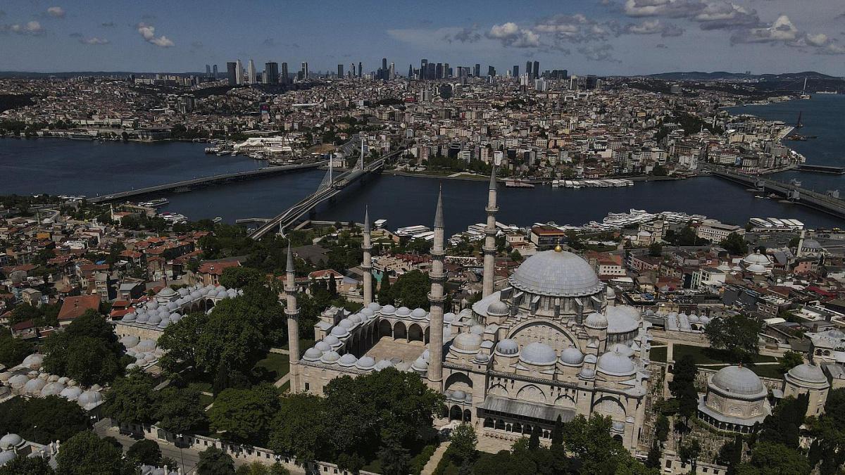 تركيا تنتقد مشروع قانون فرنسيا يرمي إلى مكافحة الأصولية الإسلامية