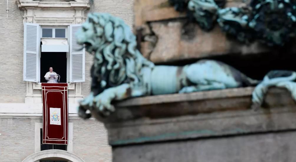 البابا فرنسيس ينشر رسالة عامة تدعو الى الأخوة لمكافحة التفاوت الاجتماعي