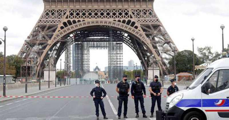 """توجيه اتهامات لفرنسيتين على خلفية طعن مسلمتين بدوافع """"عنصرية"""""""