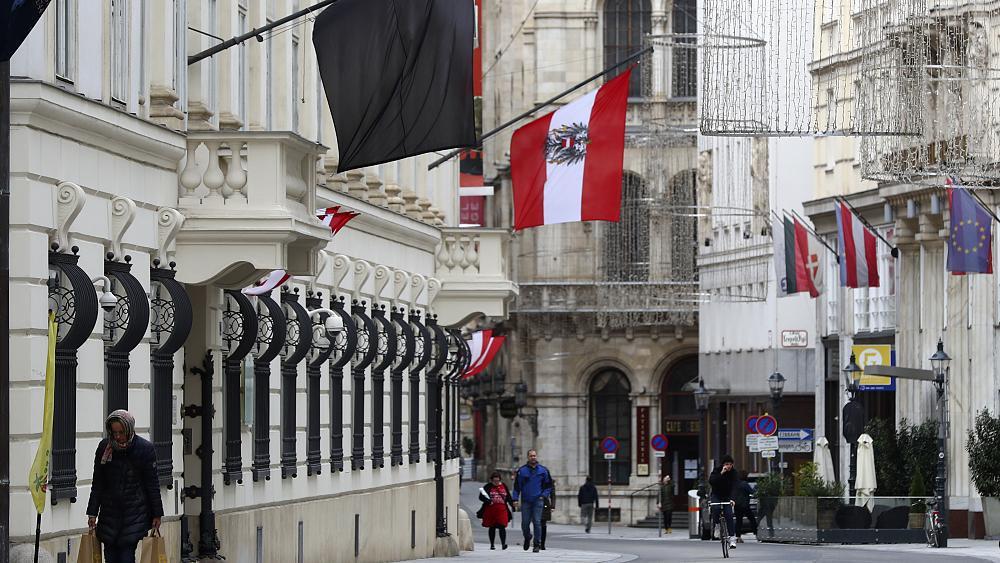 مسلمو النمسا يخشون تصاعد العداء لهم بعد اعتداء فيينا