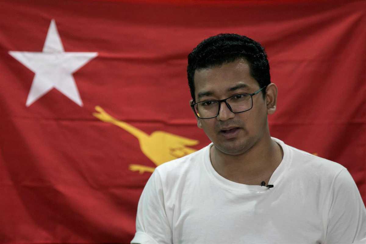 المسلم المنتخب في برلمان بورما يتعهد بالدفاع عن حقوق الأقليات