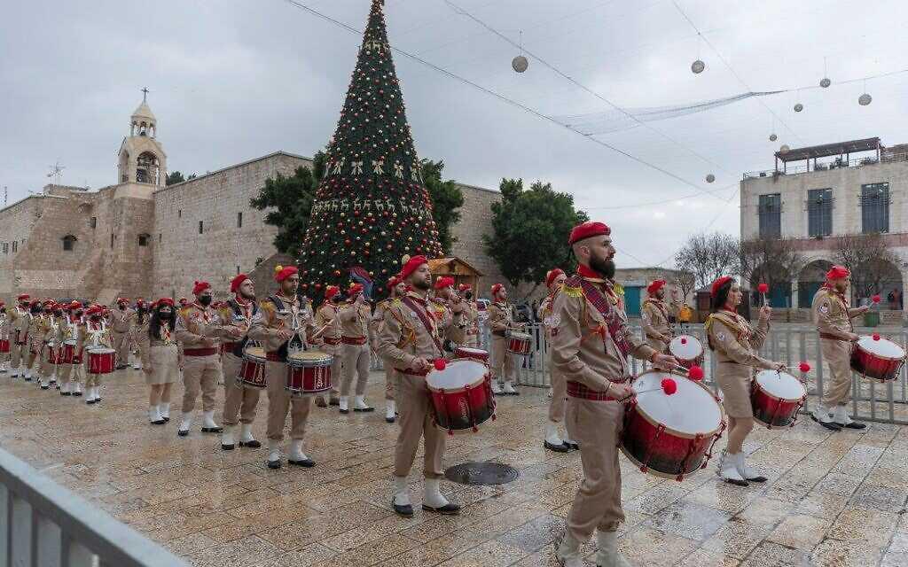 """احتفال محدود بعيد الميلاد في بيت لحم بحثا عن """"النور"""""""
