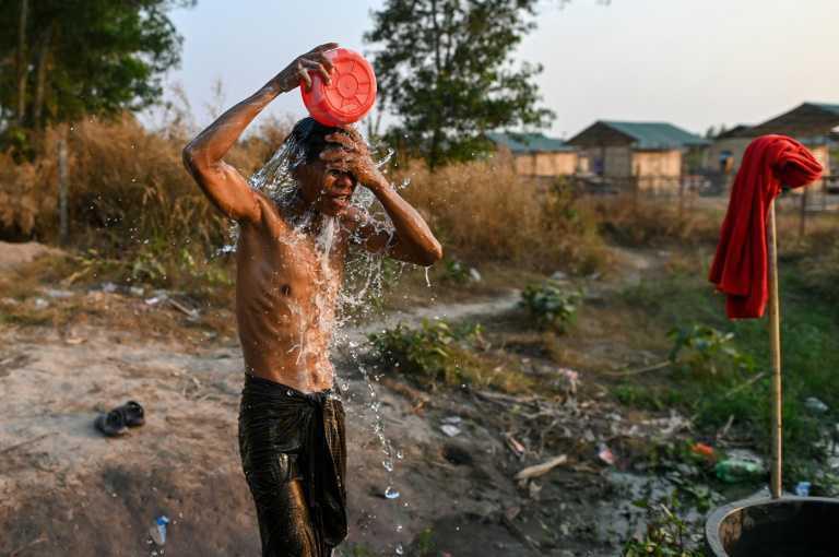 مسيحيون نازحون في بورما يعيدون بناء حياتهم في ضواحي رانغون