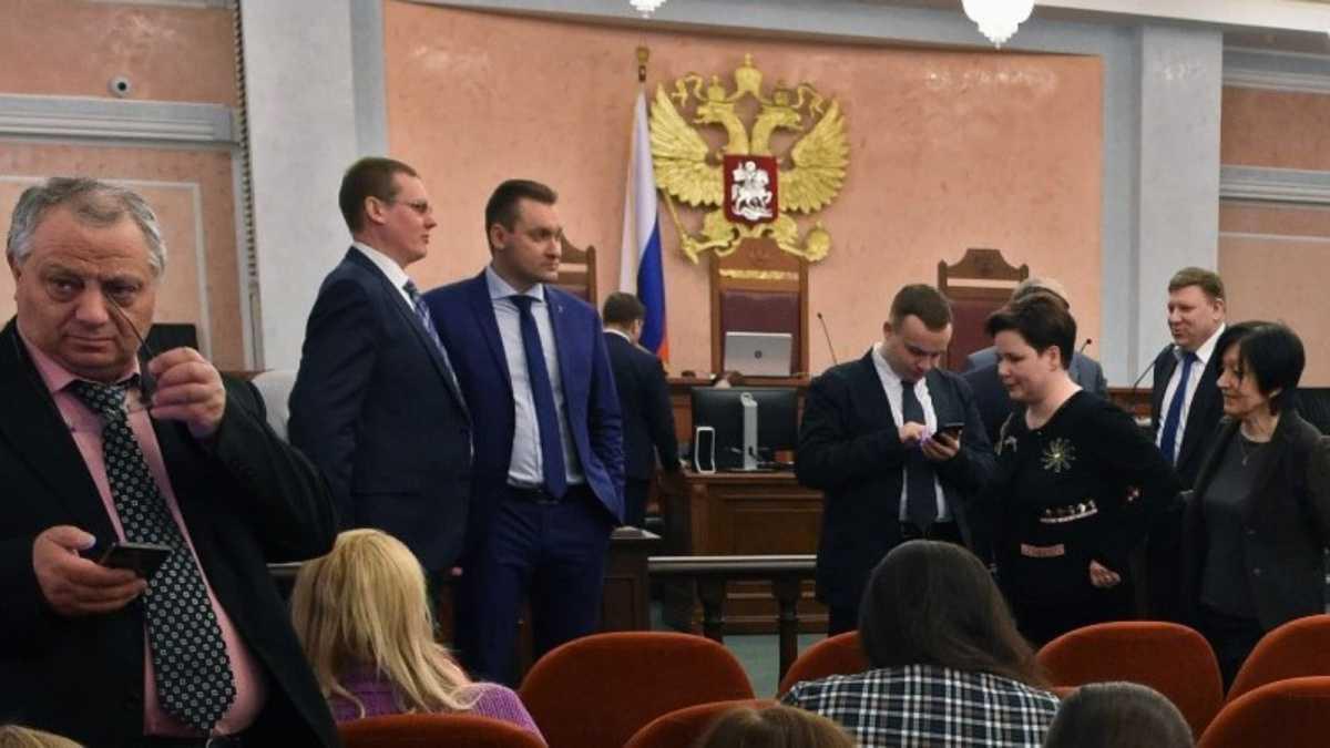 """حملة واسعة ضد """"شهود يهوه"""" في روسيا"""