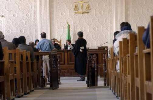 القضاء الجزائري يبدأ بعد أسبوعين محاكمة أستاذ جامعي بتهمة الإساءة للإسلام
